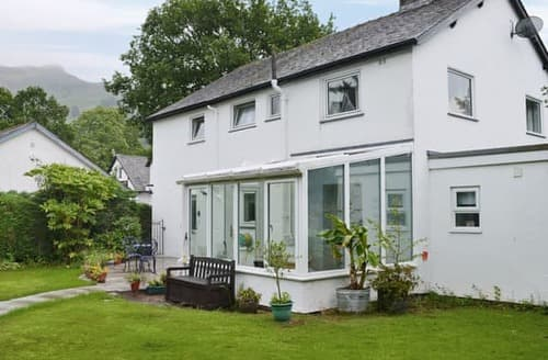 Last Minute Cottages - Tasteful Grasmere And The Langdale Valley Apartment S96946