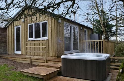 Last Minute Cottages - Adorable Caldbeck Fells Lodge S78425
