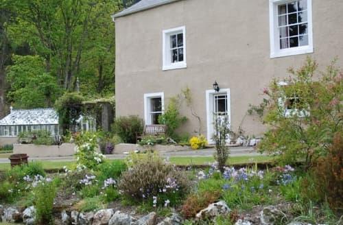 Last Minute Cottages - Delightful Thornthwaite Lodge S85076