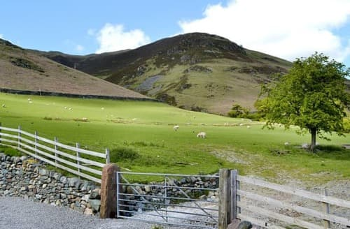 Last Minute Cottages - Quaint Threlkeld And St John's In The Vale Lodge S100990