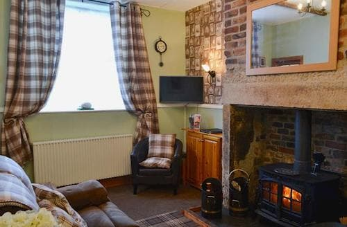 Last Minute Cottages - Attractive East Woodburn Cottage S72333