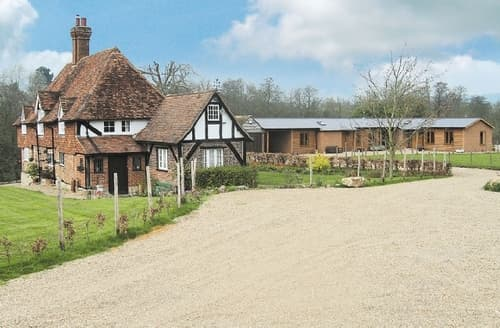 Last Minute Cottages - Cosy Maidstone Cottage S24498