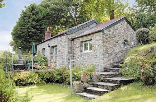 Last Minute Cottages - Cosy Wadebridge Cottage S24544