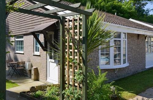 Last Minute Cottages - Charming Polperro Cottage S81399