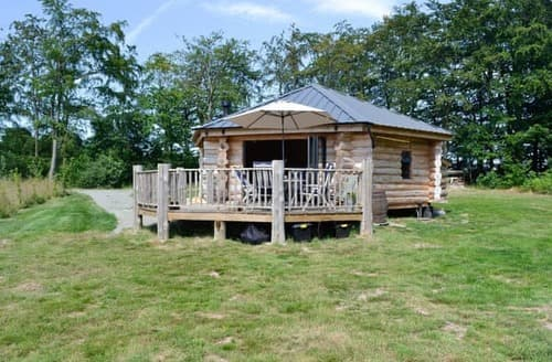 Big Cottages - Exquisite Brecon Lodge S105752