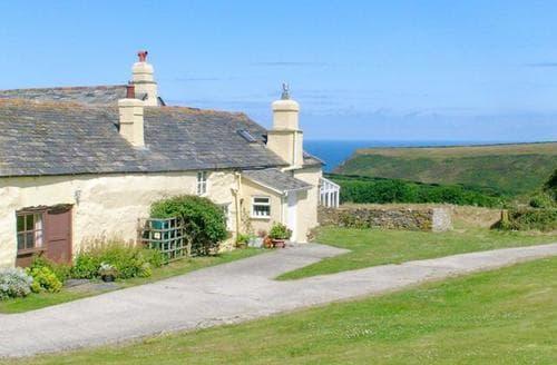 Last Minute Cottages - Delightful Crackington Haven Cottage S24630