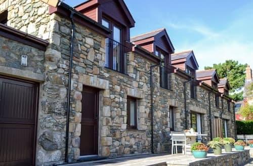 Big Cottages - Tasteful Rhosneigr And Aberffraw Cottage S122459