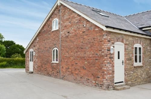 Last Minute Cottages - Superb Mold And The Clwydian Range Cottage S37449