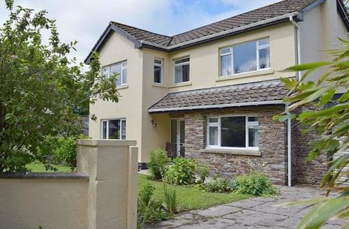 Last Minute Cottages - Cosy Narberth Cottage S21919