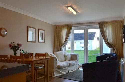 Last Minute Cottages - Hiraeth