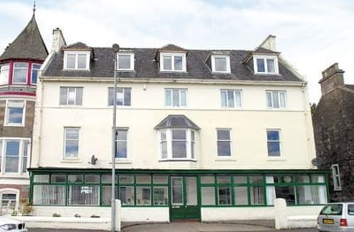 Last Minute Cottages - Attractive All Isle Of Bute Apartment S24777