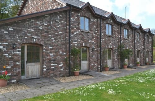 Last Minute Cottages - Inviting Swansea Cottage S21811