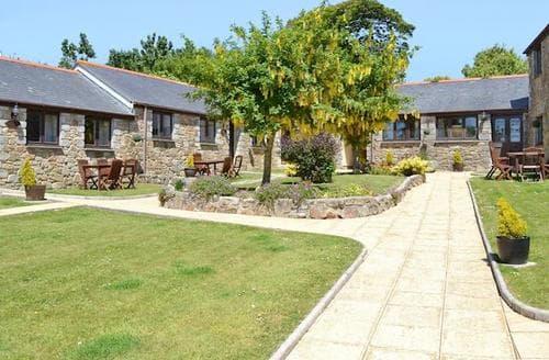 Last Minute Cottages - Tasteful Porthtowan Cottage S37458