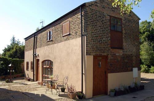 Last Minute Cottages - Excellent Spalding Barn S2046