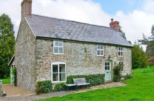 Last Minute Cottages - Superb Hemford Cottage S9677