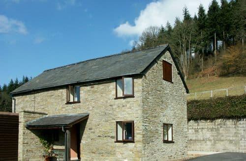 Last Minute Cottages - Quaint Kington View S2055