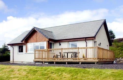 Last Minute Cottages - Quaint Strathpeffer Rowans S4692