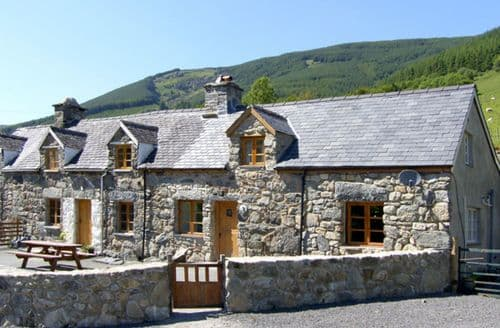 Big Cottages - Luxury Dinas Mawddwy Rental S4767