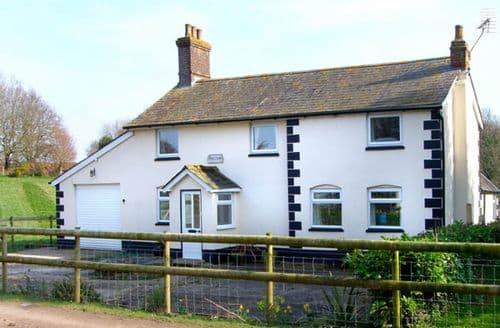 Last Minute Cottages - Inviting Verwood Farmhouse S2144