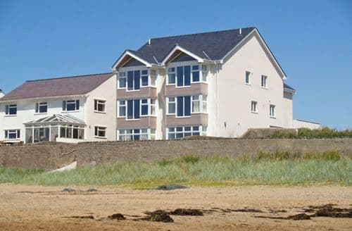 Big Cottages - Charming Rhosneigr Don S4899