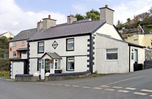 Big Cottages - Quaint Amlwch Cottage S4905