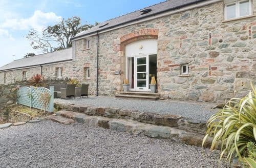 Big Cottages - Inviting Llanfairpwllgwyngyll Granary S4990