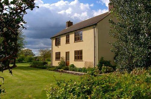 Last Minute Cottages - Beautiful Shrewsbury House S2229