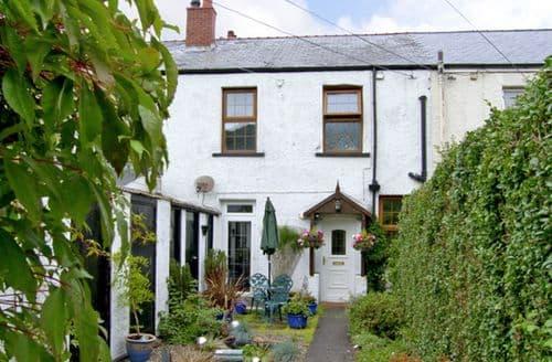 Big Cottages - Adorable Fairbourne Cottage S5000