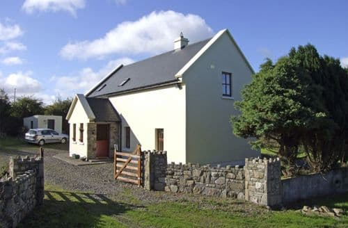 Last Minute Cottages - Attractive  Cottage S5015