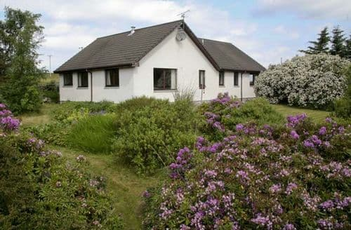 Last Minute Cottages - Attractive Garve View S5070