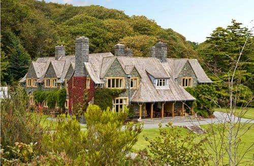 Big Cottages - Inviting Llanbedr Gwynfryn S5144