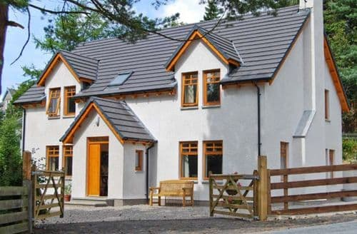 Last Minute Cottages - Attractive Newtonmore Dhu S5187