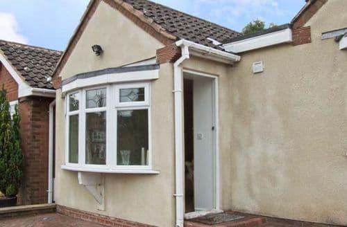Last Minute Cottages - Cosy Stourbridge Rental S2344