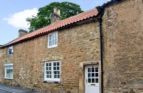 Last Minute Cottages - Stunning Darlington Dairy S3619