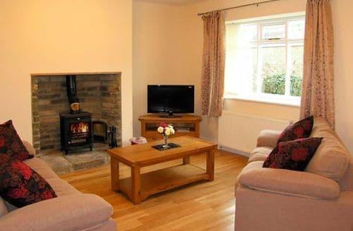 Last Minute Cottages - Tasteful Newcastle Upon Tyne Cottage S3672
