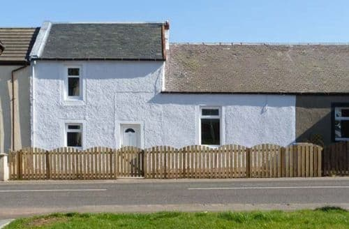 Last Minute Cottages - Wonderful Lanark Cottage S5397