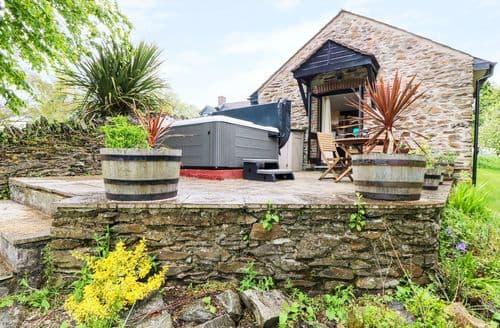 Last Minute Cottages - Beautiful Saltash Cottage S2386