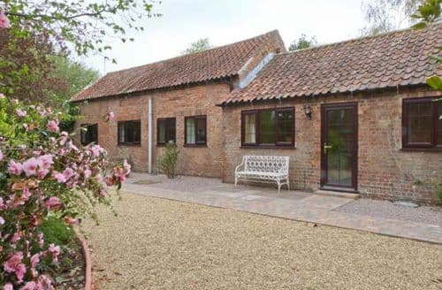 Last Minute Cottages - Lovely Spilsby Barn S2389