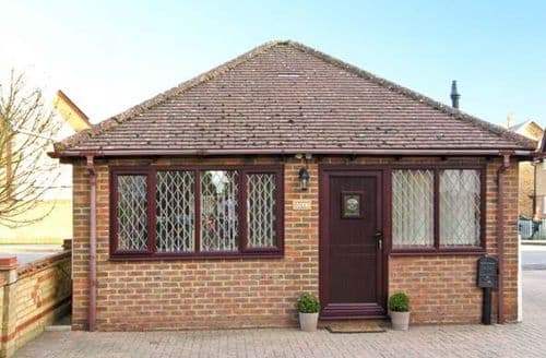 Last Minute Cottages - Tasteful Shefford Rental S2442