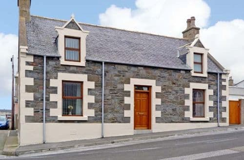 Big Cottages - Cosy Buckie Rental S5515