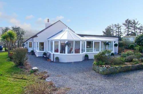 Big Cottages - Quaint Dulas Rental S5534