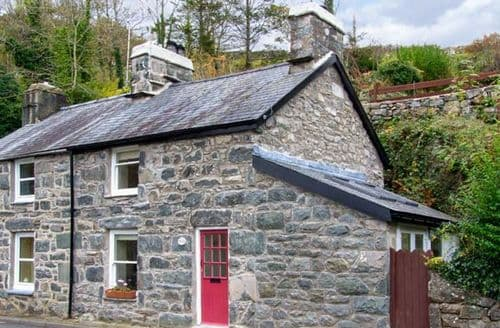 Last Minute Cottages - Delfod Cottage