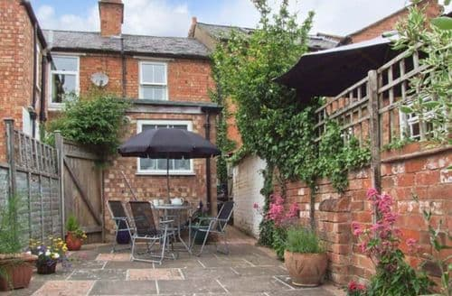 Last Minute Cottages - Gorgeous Stratford Upon Avon Rental S2489