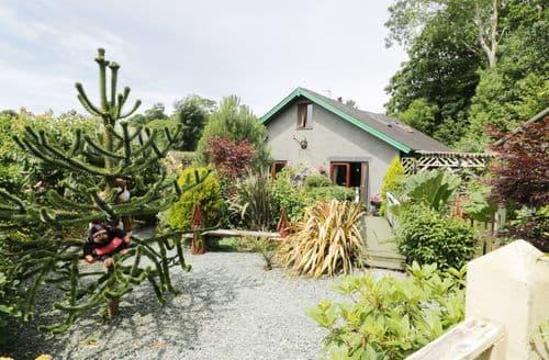 Big Cottages - Inviting Llanbedr Coed S5627