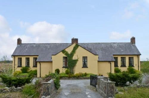 Last Minute Cottages - Cashel Schoolhouse