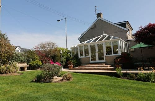 Last Minute Cottages - Wonderful Talybont Cottage S98169