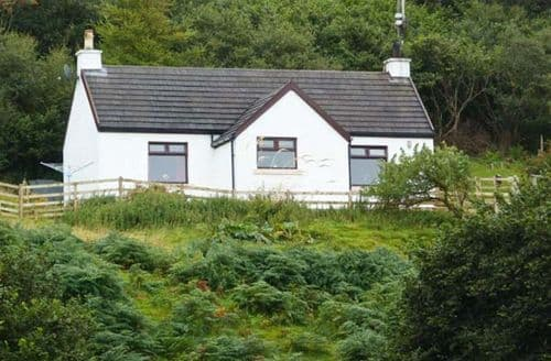 Last Minute Cottages - Lovely Acharacle House S5763