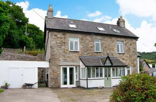 Last Minute Cottages - Attractive Beaumaris Rental S5874