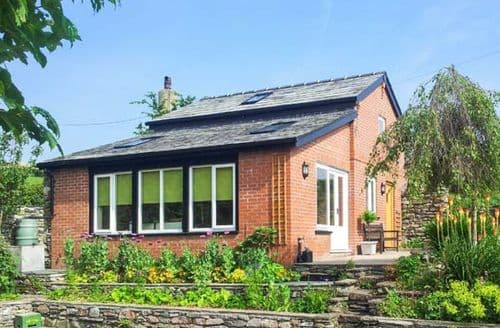 Last Minute Cottages - Charming Pennington Cottage S4328