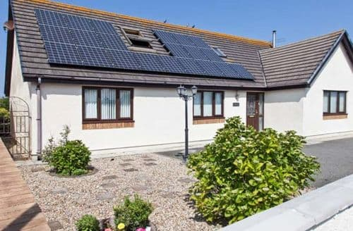 Big Cottages - Superb Holyhead Willows S6234